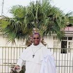 Mgr Macaire célèbre en paroisses
